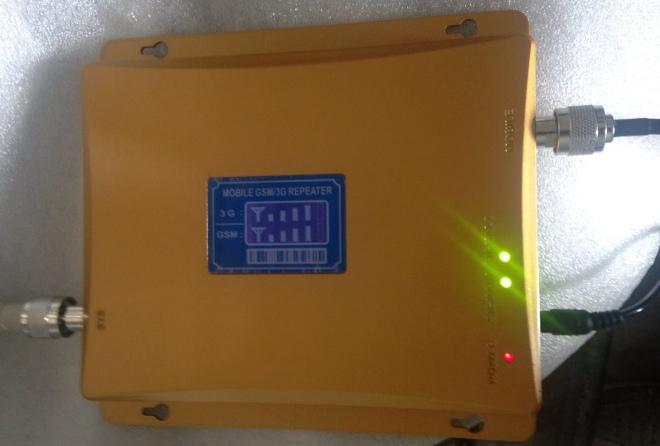 О работе усилителя GSM/3G сигнала C-95 сигнализируют специальные лампочки-индикаторы