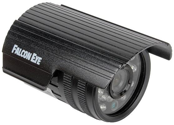 Камера имеет относительно небольшие размеры и прочный защищенный корпус (нажмите на фото для увеличения)