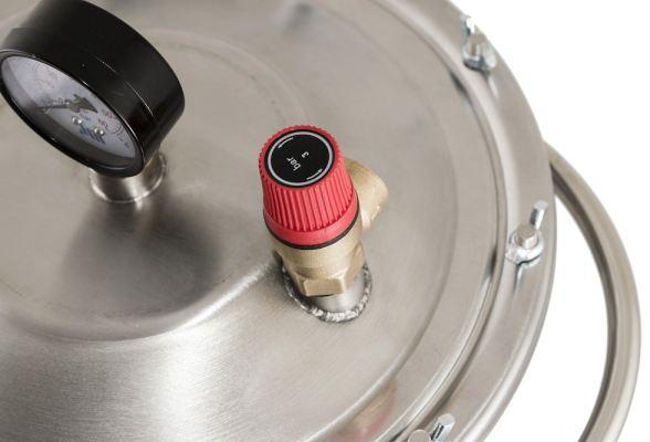 Безопасность автоклава во время стерилизации гарантируется предохранительным клапаном