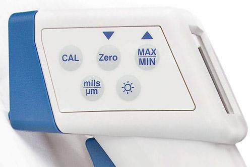 """Управление толщиномером """"CHY-115"""" производится с помощью кнопок, расположенных на боковой панели"""