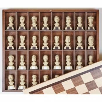 Шахматы политические Главы государств деревянные